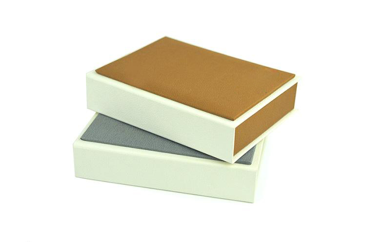 packaging box -  novelty  custom paper chocolate packaging